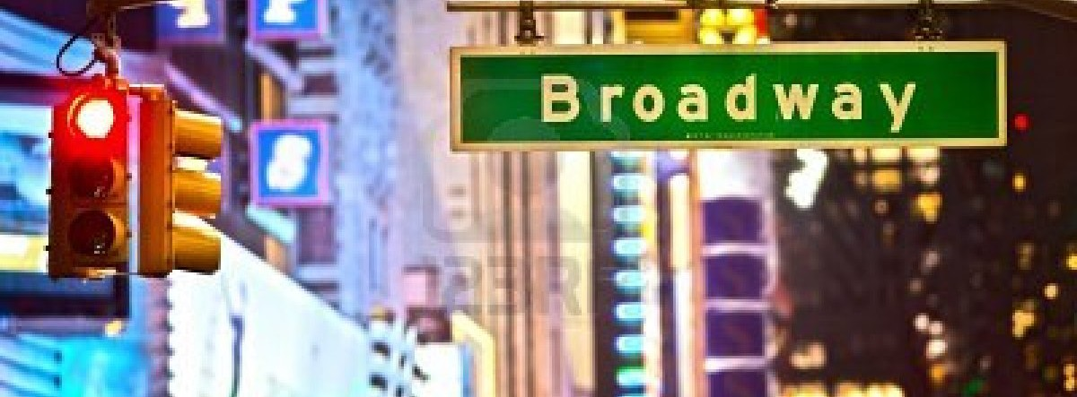 broadway-sign-and-red-stop-light-in-new-york-city-at-night2